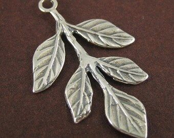 2 pcs Antiqued Sterling Silver Five Leaf Branch Pendant