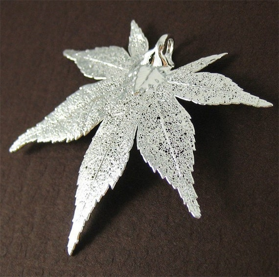 Silver Japanese Maple Leaf Pendant --- Jumbo