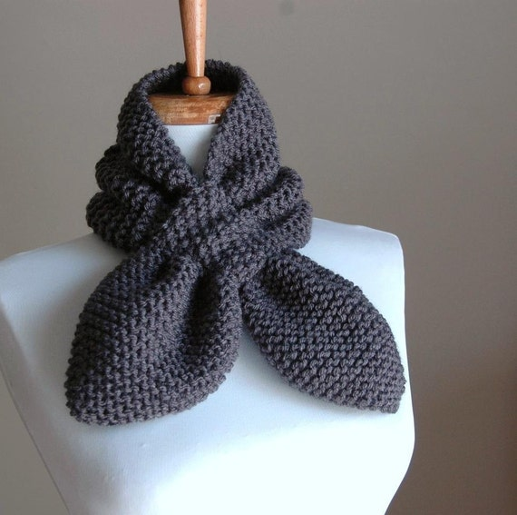 Charcoal Gray Knit Keyhole Scarf, Women's Scarf, Keyhole Scarf, Hand Knit Scarf, Vegan Scarf, Winter Scarf, The Original Stay Put Scarf II