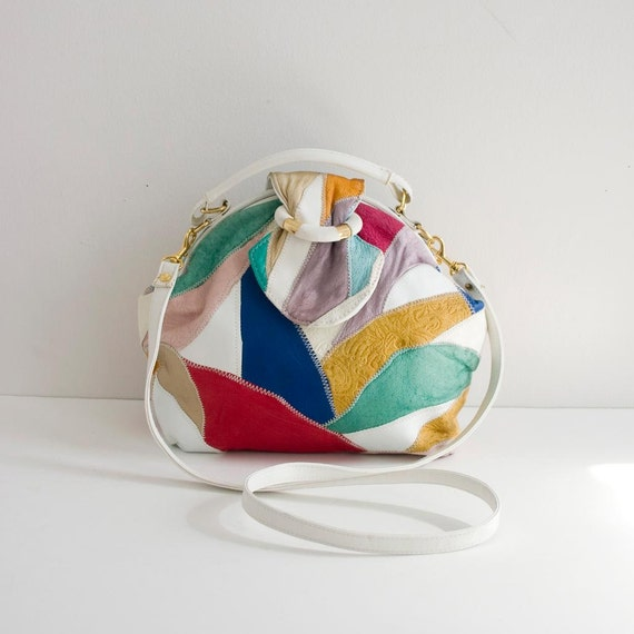 Paradise by the dashboard light. the coolest vintage purse ever.
