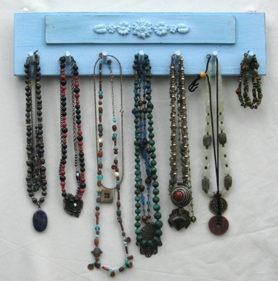 Make Your Own Jewellery Display Board: NECKLACE Hanger Jewelry Organizer And Display Shabby Chic