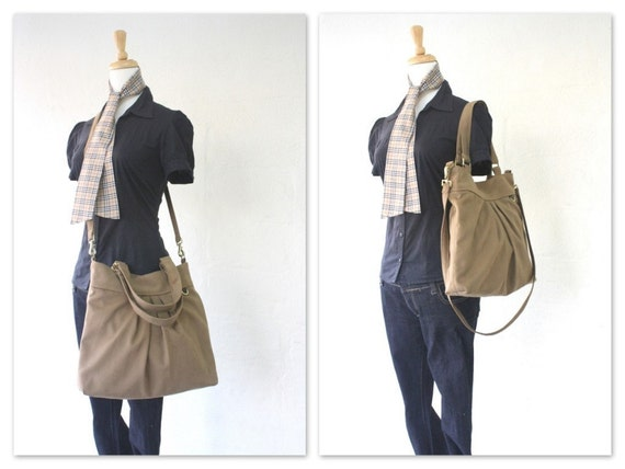 The chotto tote / messenger in sahara brown
