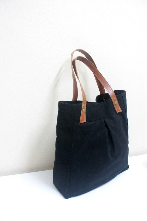 Juliet tote - Black with caramel leather strap