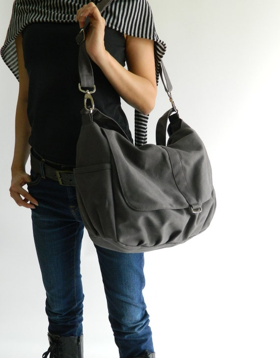 SALE - 10% OFF - Daniel in gray  // Shoulder bag / Messenger / tote / Diaper bag / Handbag / For Her / new Mom / Women