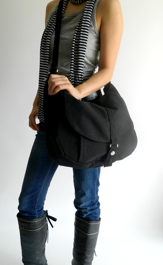 BIG SALE 25% -Kylie in Black Messenger bag / Diaper bag / Shoulder bag /Tote bag / Purse / Handbag / Women / For her / School Bag
