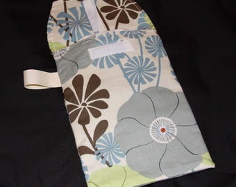 Sale!! 50%  OFF- Ready 2 Ship-Blue City Girl Oversized Daisy Diaper Clutch with Pocket