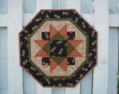 Quilted Star Table Topper - BOO (HTTN)