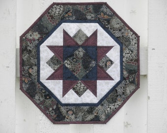 Quilted Star Table Topper (EDTT24)