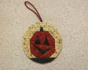 Jack-O-Lantern Ornament (HornM)