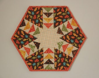 Quilted Flying Geese Table Topper - Lollipop Fish (UNTT24)