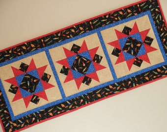 Quilted Star Table Runner - Fish Lures (UNTRJ)