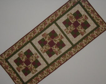 Quilted Table Tunner - Floral (EDTRF)