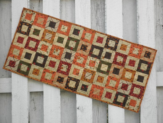 Quilted Table Runner - Cedar Box - Fall (TGTRE)