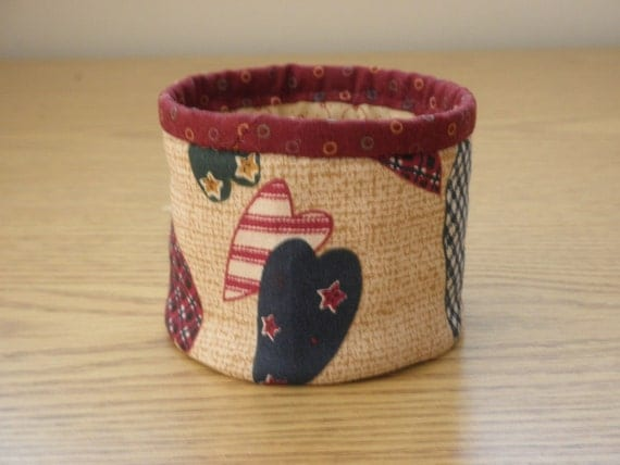 Quilted Fabric Bowl - Hearts (EDbowlH)