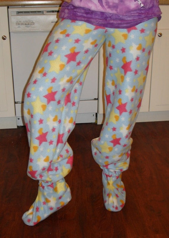 Home > Footed Pajamas > Page 1 of 1. Footed Pajamas. Sort By: Shop by Height. Size. Footed (sz: 1, height: 4'5