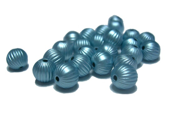 Clearance Sale Corrugated round plastic beads 7mm in soft blue pack of 75