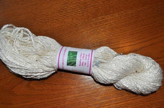Creamy White Bamboo Handspun Art Yarn 100g/158yds
