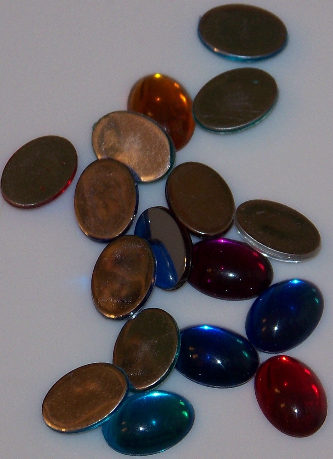 oval shaped flat back acrylic gems