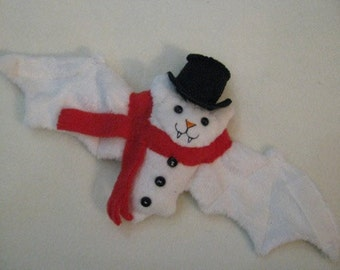 Frosty The Snowman Bat Cup Sleeve