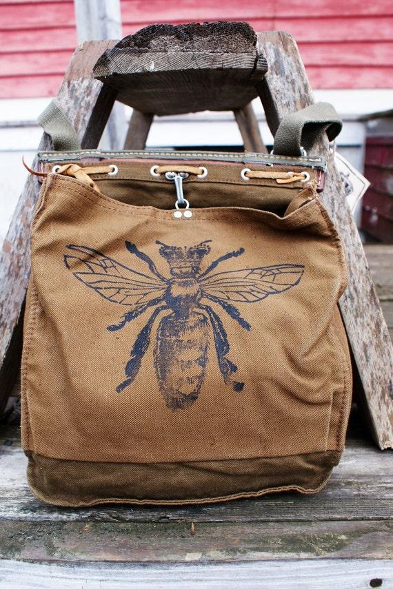 VINTAGE Queen Bee Bag