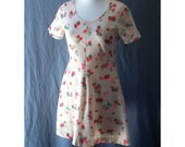 SALE Groovy Mushrooms and Strawberries Stretchy Lil Mini Dress Vintage 70s  S B34