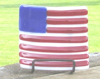 "US Flag dish  - Red White and Blue - fused glass FLAG dish 5"" - stars and stipes - Independence Day"