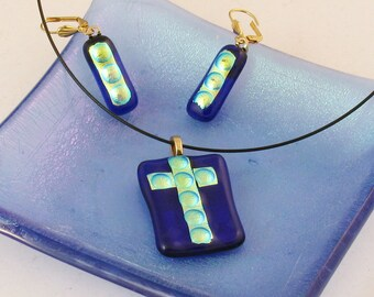 Bright yellow - gold dichroic CROSS on royal blue pendant - dichroic fused glass jewelry (2543-46)