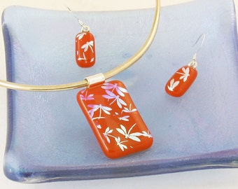 Silver dragonflies on RED fused glass Pendant or Earrings - dichroic glass jewelry - patriotic look (2713-4)