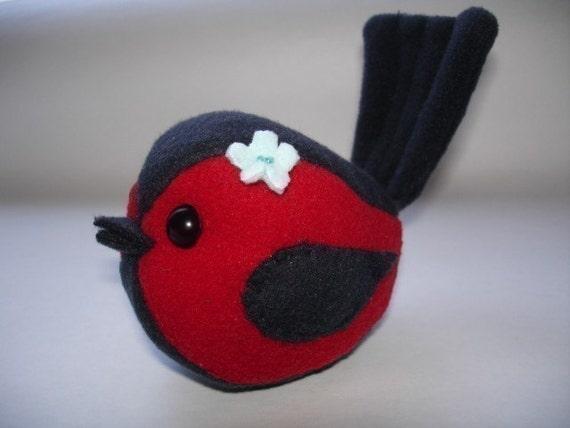 Stuffed Bird - Sewing PDF Pattern - RESERVED for Jill Fritz