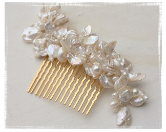 Bridal Hair Accessory Keshi Pearl and Crystal Wedding Flower Hair Comb