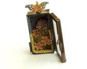 ON HOLD Miniature hedgehog pendant, tiny wire art