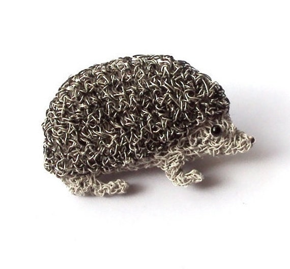 Hedgehog brooch silver and black crochet wire