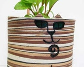 Pottery cat: wall pocket planter Tabby torti stripe teal eyes marbled hanging whimsical stoneware