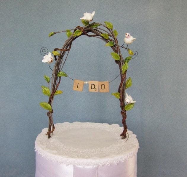 Leafy Arch Wedding Cake Topper