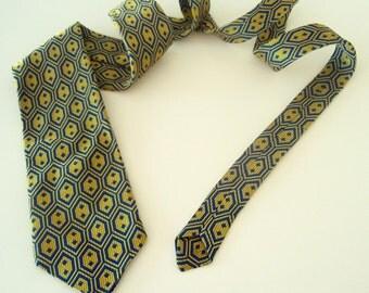 Vintage 1960's Sears Psychedelic Necktie