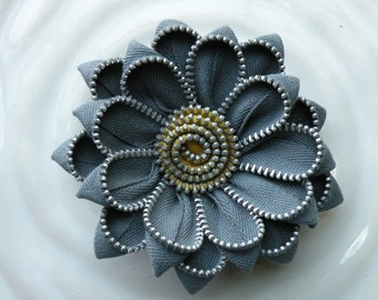 Grey Upcycled Vintage Zipper Flower Brooch or Hair Clip