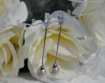White Fresh Water Pearl Drop Wedding earrings prom Bride Mother of the Bride Mother of the Groom Sweet Sixteen