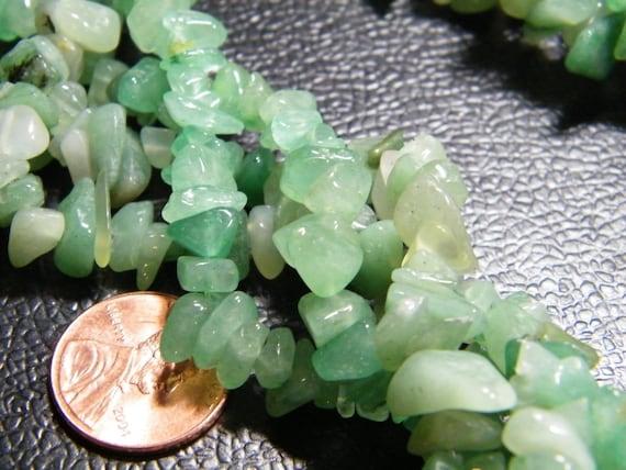 Chip beads: 36 inch strand natural Green Aventurine chip beads, supplies