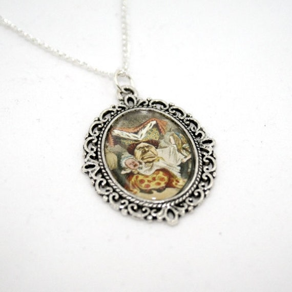 SALE - Alice In Wonderland Queen and Baby Cameo Necklace