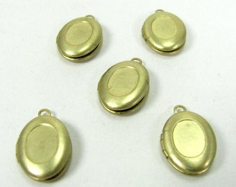 Small Oval Raw Brass Locket with recess