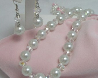 The Bridal Necklace and Earrings Set