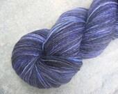 Hand Painted BFL \/ Nylon 4ply \/ Sock Yarn - Midnight - UK Seller