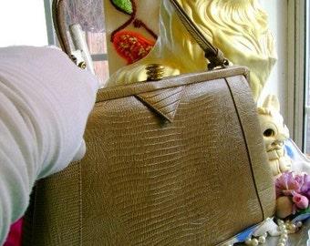 50s 60s vintage Madmen Purse simulated reptilian handbag Vinyl Tan Mid century