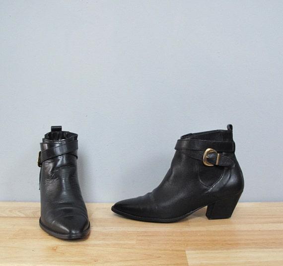 vintage black CHELSEA ankle boots w/ heel 7.5