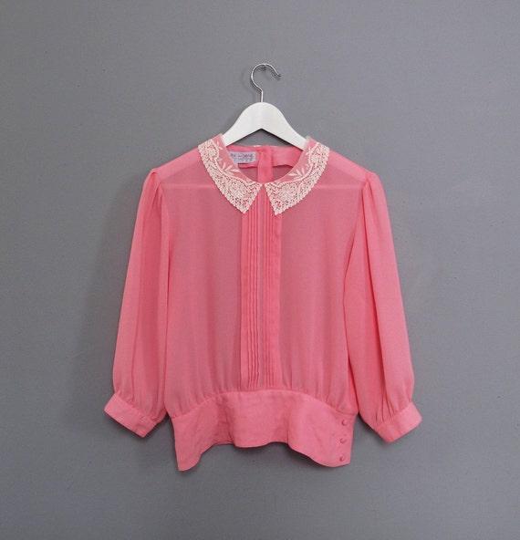 vintage LACE COLLAR pink blouse S M