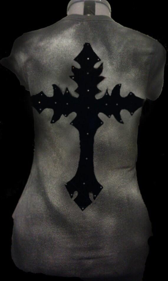 Gothic cross long sleeved layering tshirt Medium