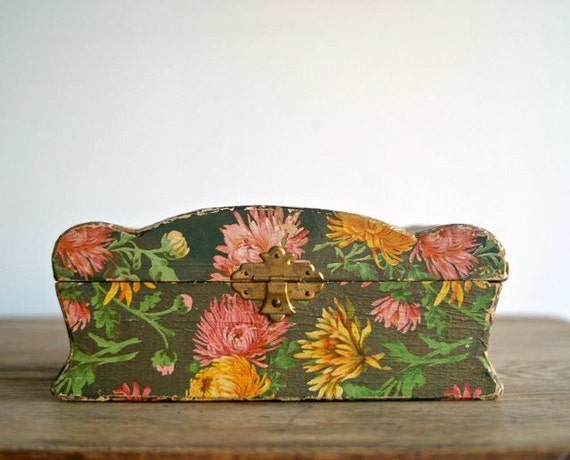 Victorian Flower Papered Dresser Keepsake Jewelry Box
