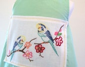 Girls Pinfore. Vintage Parrot Applique. 1T.