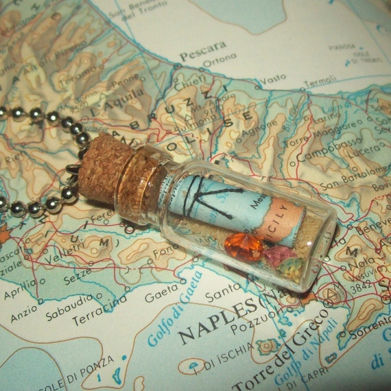 Miniature Glass Bottle Necklace / Map and Treasure /No. 152