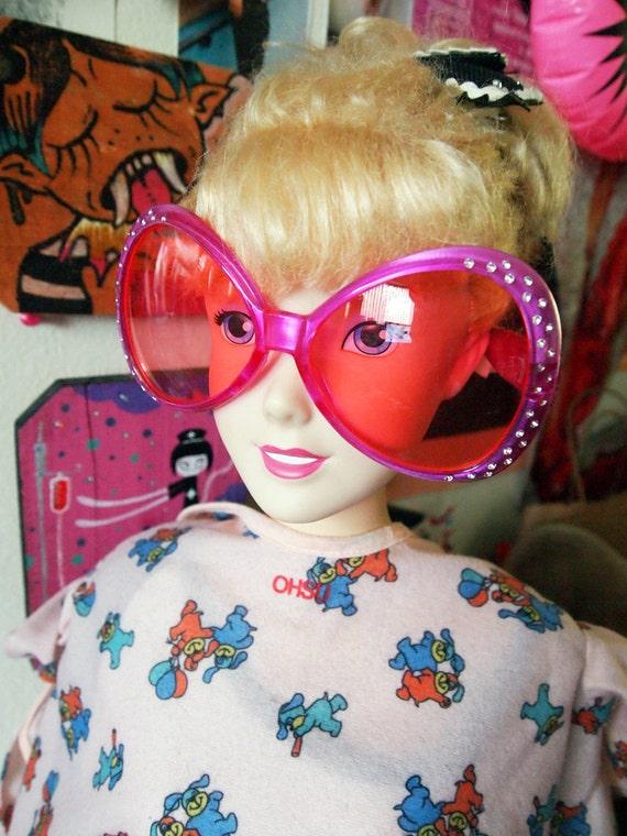 S A L E - ALIEN EYEZ// Vintage 90s NEON Pink Oversized Bug Eye Diamond Studded Sunglasses Superglam
